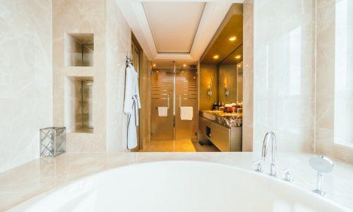 BANGKOK, THAILAND - AUGUST 12 2016: Beautiful luxury bathroom in
