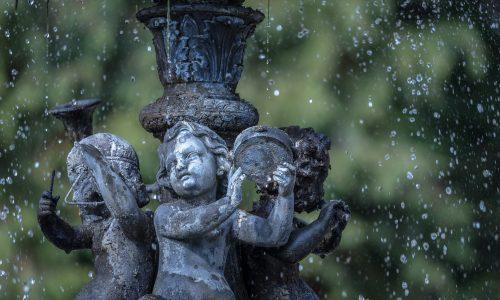 fountain-675488_1920