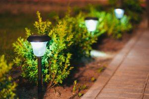 jak-wybrac-oswietlenie-ogrodowe